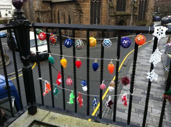 Christmas Yarn Bombing | iMake | Yarn bombing _ File Ta[g] Ville | Scoop.it