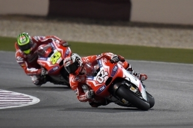 Qatar GP: Dovizioso and Crutchlow finish the race in fifth and sixth | Ducati news | Scoop.it