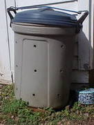 How to Make a Compost Bin from a Garbage Can | Edible Garden | Scoop.it