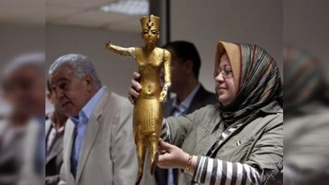 Otros cuatro artefactos robados regresan al Museo Egipcio   Dos reinas poderosas de Egipto -Cleopatra vs. Nefertiti-   Scoop.it