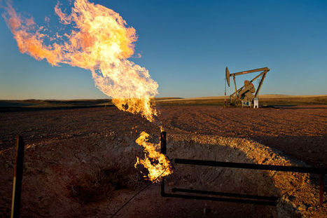 A Landscape of Fire Rises Over North Dakota's Gas Fields | Sustain Our Earth | Scoop.it
