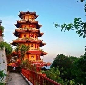 Pagoda Sapta Ratna, Tempat yang sempurna untuk menikmati Sunset Cantik di Sorong | Wisata Indonesia | Harga Hape Terbaru | Scoop.it