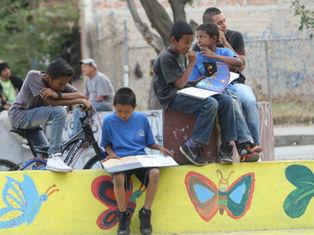Avanza proyecto 'Nos Mueve la Lectura' en zonas vulnerables del país | Libro electrónico y edición digital | Scoop.it