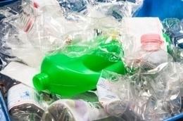 Un nuevo método acelera el reciclaje de plástico mediante la fotoexposición | Iniciativas sostenibles | Scoop.it