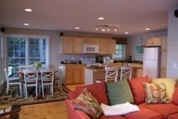 This Charming Sleepers Island Winnipesaukee Retreat has it all. | Nicole Watkins | Nicole Watkins | Scoop.it