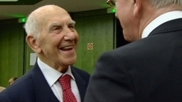 Hessel, father of modern peaceful insurrection, dies at 95 | The France News Net - Latest stories | Scoop.it