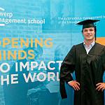 Remise des diplômes du Master of China-Europe Business Studies (MCEBS) - ESSCA   Actualités ESSCA   Scoop.it