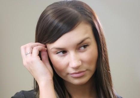Avoiding Eye Contact - 10 Worst Body Language Mistakes - Forbes | Emotional Intelligence Development | Scoop.it