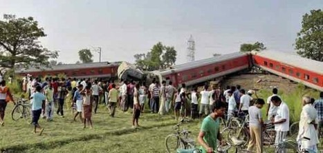 No precaution leads to train accident, 4 killed   Politics and Elections in India   Scoop.it