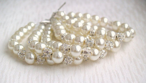 Bridesmaid Jewelry Bracelet Wedding Jewelry Beaded Jewelry Rhinestone Pearl Bracelet Ivory Glass Bead And Rhinestone Bracelet | Platinum Wedding Ring | Scoop.it