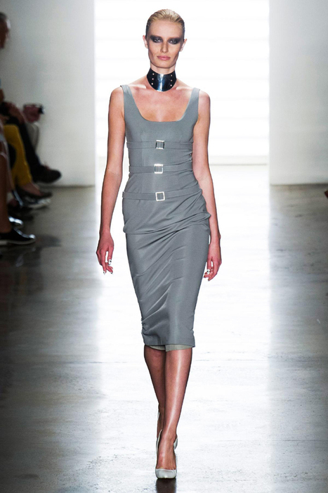 Cushnie Et Ochs RTW Spring 2014: Baring Skin in Dark Colors, Cutouts and Collars | Fashion News by JustLuxe | womens hair styling | Scoop.it