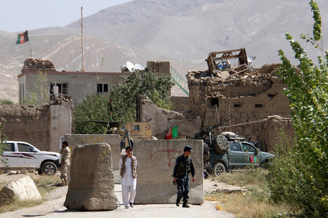 Hundreds of Inmates Escape as Taliban Insurgents Raid Afghan Jail | World Politics and news | Scoop.it