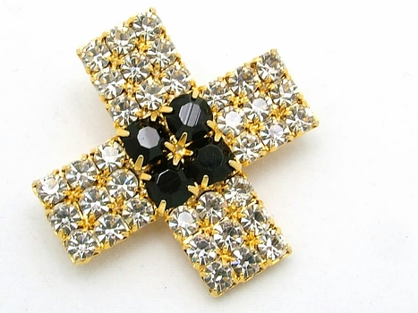 Vintage Clear Rhinestone Brooch By Avon  With Black Glass Stones | Beautiful Bargain Vintage Costume Jewelry | Scoop.it
