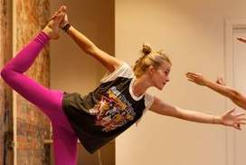 Yoga moves to hip-hop rhythms | Weight Loss Motivation and Inspiration | Scoop.it