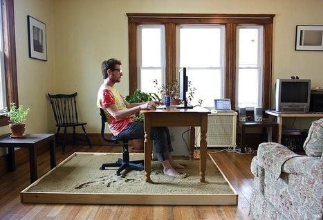 Artist Brings Relaxing Sandy Beach Into His Home Office | VIM | Scoop.it
