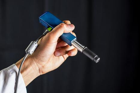 New handheld miniature microscope could ID cancer cells in doctor's offices and operating rooms | KurzweilAI | Longevity science | Scoop.it