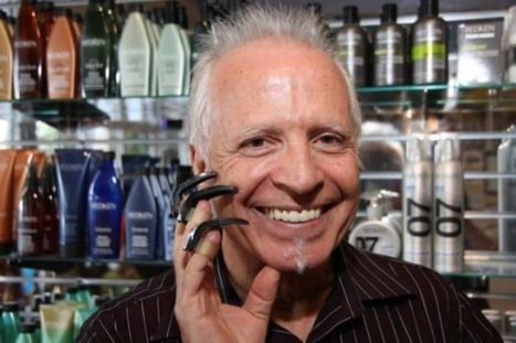 Claw-Using Hairdresser Is a Real-Life Edward Scissorhands | Strange days indeed... | Scoop.it