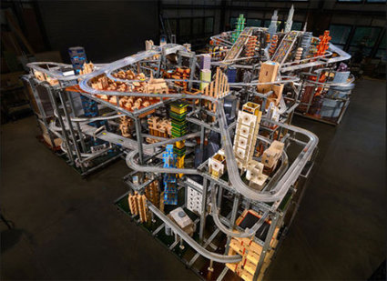 Vertikale Hot Wheels Bahn in Barcelona - Spiel und Kunst mit Mechanik | Heron | Scoop.it
