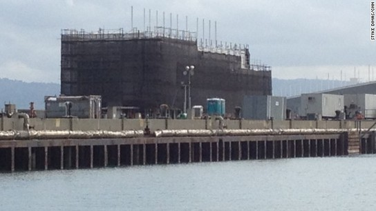 Report: Mystery barge will be Google Glass showroom