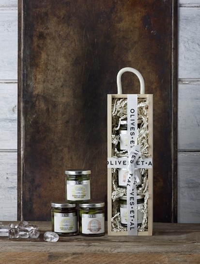 'World's first' alcoholic olives launched | Quirky wine & spirit articles from VINGLISH | Scoop.it