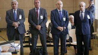 Los cuatro exdirectivos de Caixa Penedès devuelven el dinero para evitar la cárcel | Mirada crítica | Scoop.it