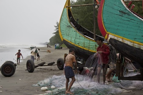 Human Traffickers in Bay of Bengal Cast Sights on Bangladesh | Mr. Sellers' AP Human Geography | Scoop.it