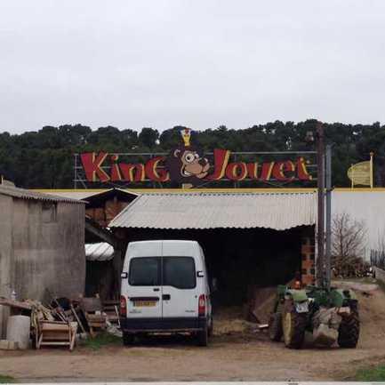 Sur la route... d'une zone commerciale XXL, dans les Bouches-du-Rhône | Ambiances, Architectures, Urbanités | Scoop.it