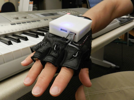 Vibrating Glove Teaches Piano, Helps Patients Recover After Spinal Cord Injuries | Piano Apps | Scoop.it
