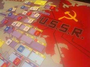 Twilight Struggle brings the Cold War to your table - Deseret News | History 101 | Scoop.it