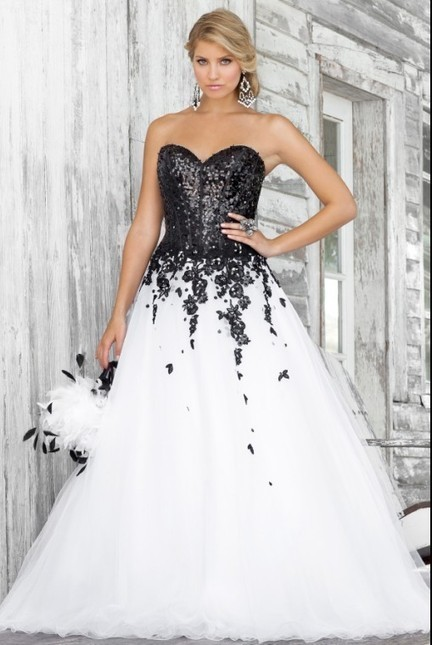 Leader of fashion -Salabuy's blog » 2013 collection of cheap quinceanera dresses | 2013 evening dresses | Scoop.it
