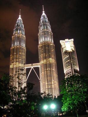 Golden Triangle travel guide - Wikitravel | Hotel di Kuala Lumpur mengikut Kawasan | Scoop.it