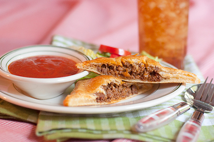 #RECIPE - Italian Style Hand Pies with Marinara Dipping Sauce | Best of me | Scoop.it