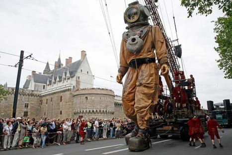 City wants giant street puppets to boost tourism - Chicago Tribune | Tourism Insight | Scoop.it