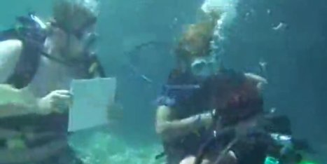 This Underwater Proposal Almost Went Terribly Wrong | Prozac Moments | Scoop.it