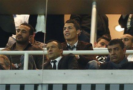 10-man Madrid beats Galatasaray 4-1 in Champions - MiamiHerald.com | Futbol | Scoop.it