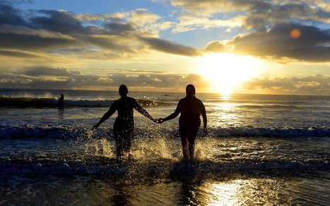 Hundreds take part in skinny dip record attempt | Strange days indeed... | Scoop.it