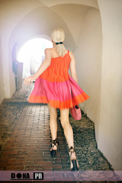 Angela Donava by Gil Zetbase | mode | Scoop.it