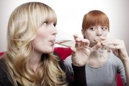 BINGE DRINKING: Plus expéditif chez les jeunes filles  - Journal of Environmental Research and Public Health   vin et société   Scoop.it
