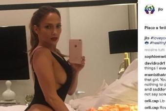Jennifer Lopez, selfie da urlo su Instagram /Foto | culi femminili | Scoop.it