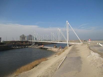 La passerelle du Grand Large à Dunkerque, l'une des plus longues de France, bientôt achevée - Chantiers | Newslettter | Scoop.it