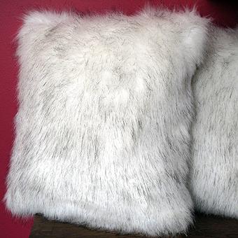 Faux Fur Cushions | Cheap Fur Cushion Covers,  Fur Pillows | Faux Fur Throws | Scoop.it