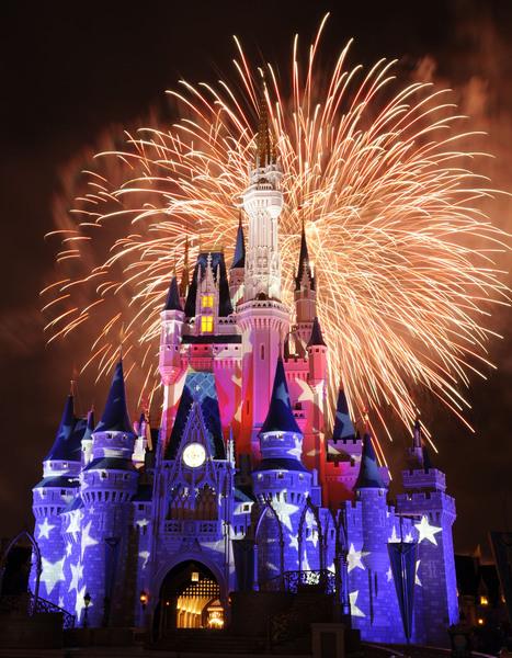 Disney-World-Magic-Kingdom-at-Night.jpg (2100x2700 pixels) | Walt Disney Word | Scoop.it