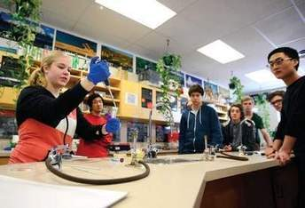 CHS students tackle local problem with synthetic biology | SynBioFromLeukipposInstitute | Scoop.it