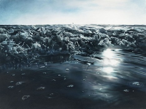 Artist Uses Her Fingers to Create Mind-Blowingly Realistic Paintings of Icebergs | Strange days indeed... | Scoop.it