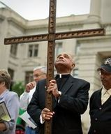 Archdiocese wades into legal fight over birth control mandate   FAITH   Scoop.it