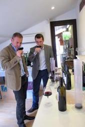 Vin : en tournée avec un expert de l'assemblage - Actualités - La Vigne, le magazine du monde viticole, de la viticulture et du vin | Viticulture | Scoop.it