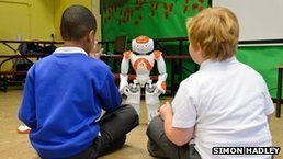 "Robots in the classroom help autistic children learn | L'impresa ""mobile"" 