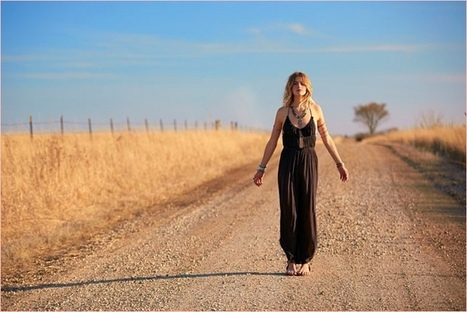 Sun Chaser: Annie McGinty Goes West for Free People Lookbook | TAFT: Trends And Fashion Timeline | Scoop.it
