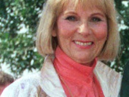 ''Star Trek' actress Grace Lee Whitney played yeoman Janice Rand dies at 85' | News You Can Use - NO PINKSLIME | Scoop.it