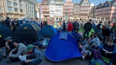 Blockupy: Zelten im Schatten der Paulskirche - FAZ.NET | #Blockupy Frankfurt | Scoop.it
